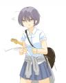 楽器屋巡りをしてる女子高生